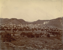 [Distant view of] Bundi City, Rajputana.